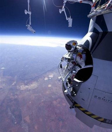 Daredevil readies 23-mile free fall