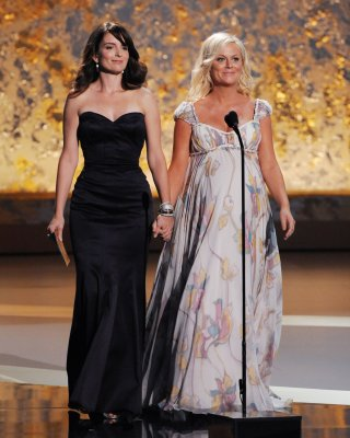 Tina Fey and Amy Poehler approached to host Globes again