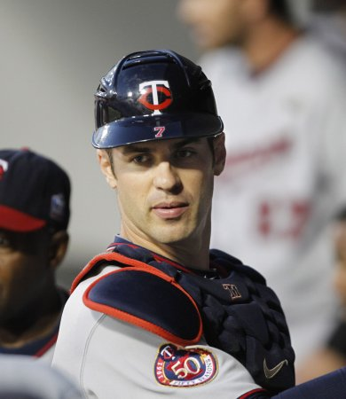 Twins' Mauer on DL with leg weakness