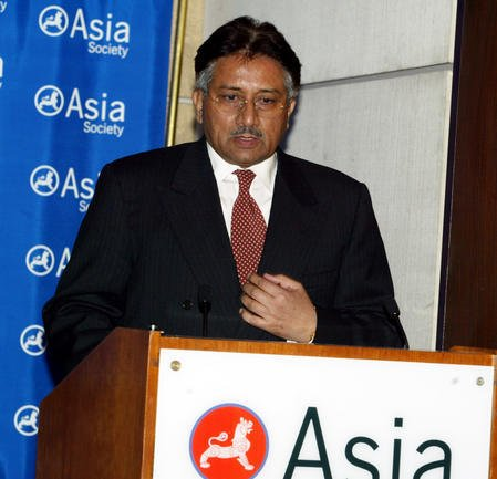 Former Pakistani President Musharraf remains hospitalized and out of court