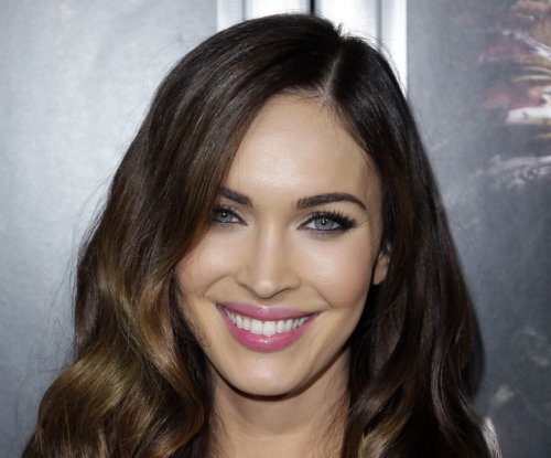 Megan Fox goes blonde for 'Teenage Mutant Ninja Turtles 2'