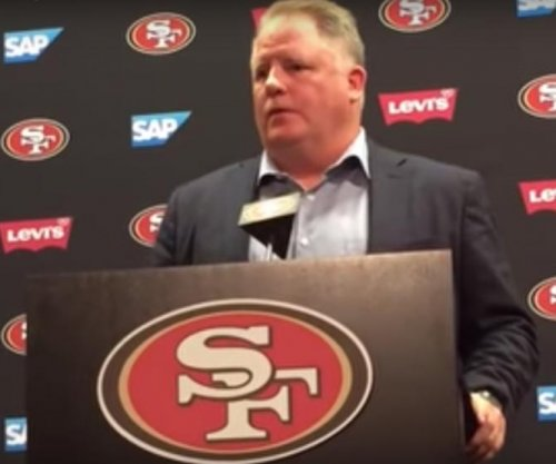 Chip Kelly confident in 'similar' San Francisco 49ers QBs Baline Gabbert, Colin Kaepernick
