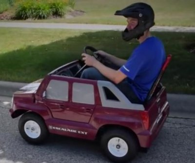 Illinois man mods child's Power Wheels car to reach 40 mph