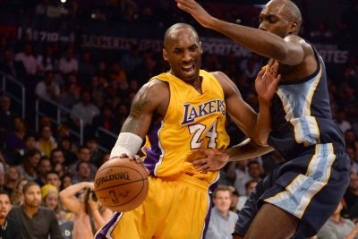 Basketball Hall of Fame delays Kobe Bryant, Tim Duncan inductions to May 2021