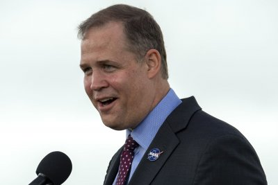 Bridenstine leaves NASA, calls for unity in space, science efforts