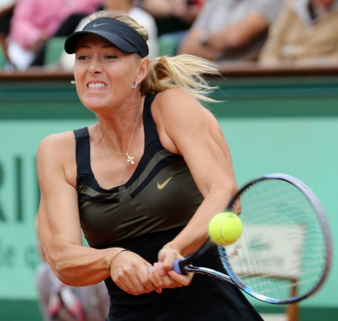 Sharapova returns to Porsche Tennis Grand Prix semis