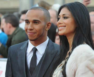 Nicole Scherzinger lands $4.5M record deal, rings in 2014 with ex Lewis Hamilton