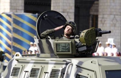 Ukraine rebels pull back after weekend negotiations