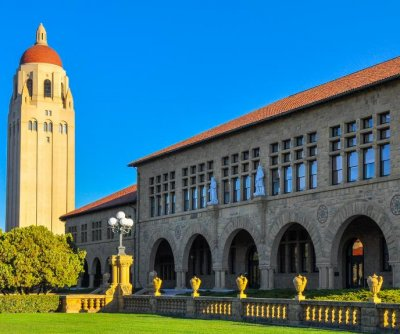 Stanford University bans alcohol from undergraduate parties