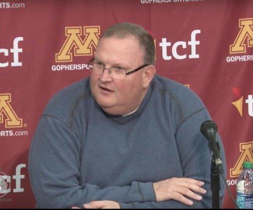 Minnesota fires Tracy Claeys after nine-win season