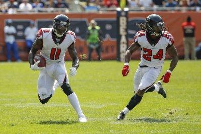 Atlanta Falcons WR Julio Jones will skip mandatory minicamp