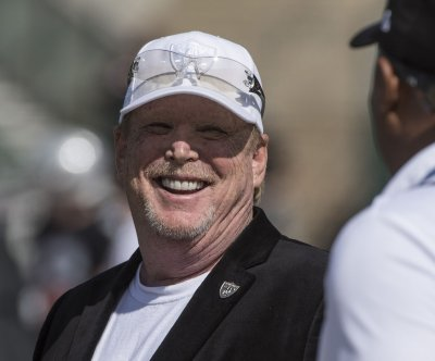 Oakland Raiders officially become Las Vegas Raiders