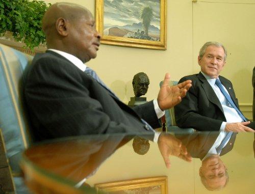 Ugandan president abandons pretense, leads anti-gay rally