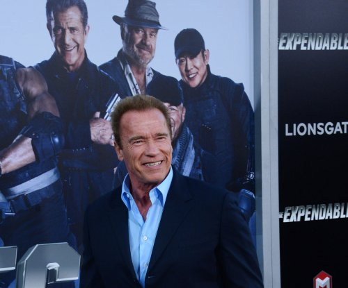 Arnold Schwarzenegger pushing Stallone to write an 'Expendables 4'