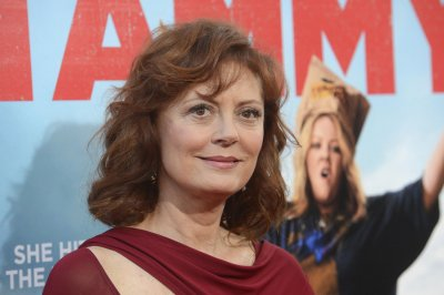 Susan Sarandon and Rose Byrne to play mother and daughter in 'The Meddler'
