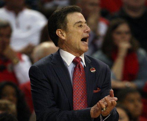 Louisville's Rick Pitino: 'Won't resign'