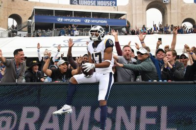 Rams WR Woods gets home buglarized during win over Vikings