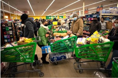 Texans running out of food as weather crisis disrupts supply chain