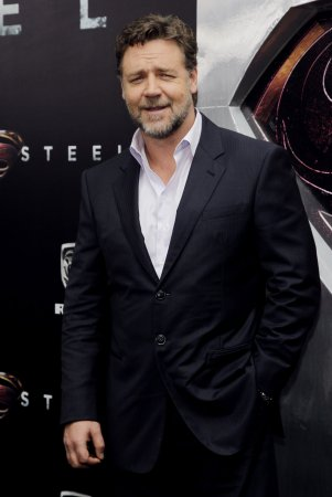 Russell Crowe was mean to me, Giuliana Rancic says