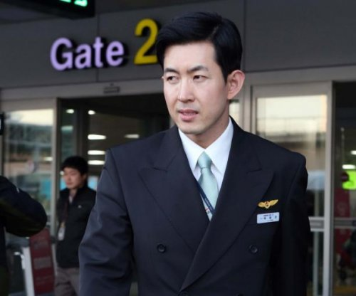 Korean Air cabin crew chief planning to file $46.3 million lawsuit in the United States