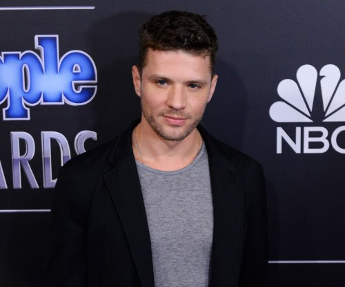 Ryan Phillippe 'optimistic' two months after surgery on leg