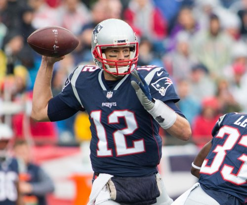 Tom Brady, Stephen Gostkowski fuel New England Patriots in rout of Oakland Raiders