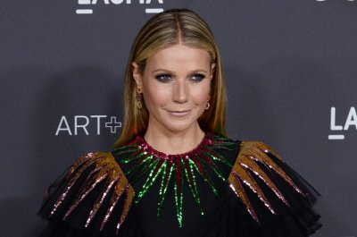 Gwyneth Paltrow travels to Mexico for her bachelorette party