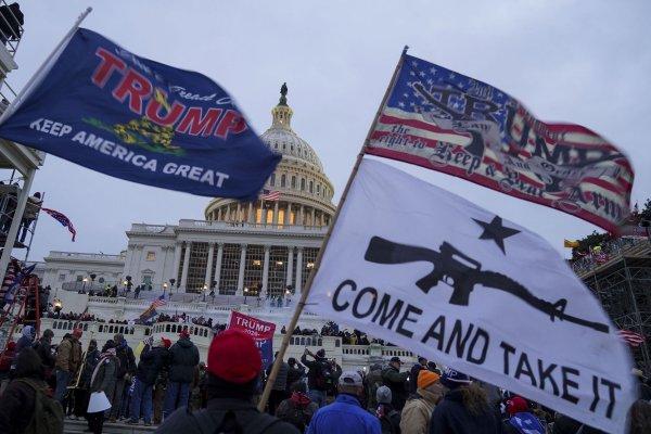 Democrats, business leaders call on Pence to invoke 25th Amendment - UPI.com