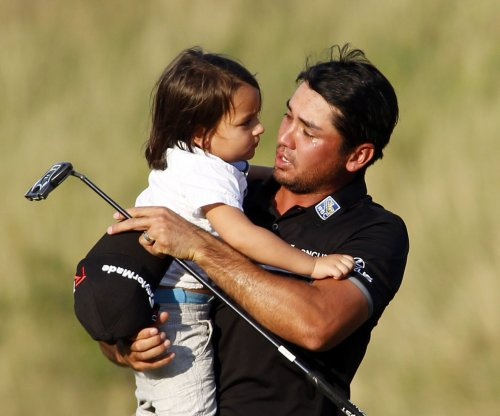 Jason Day still leads by two at Bay Hill