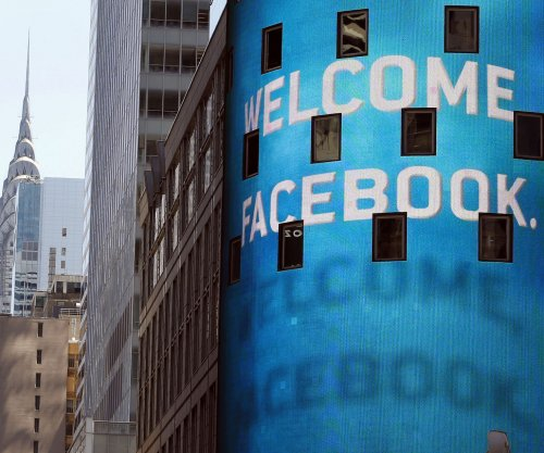 Facebook to delete photos from user accounts