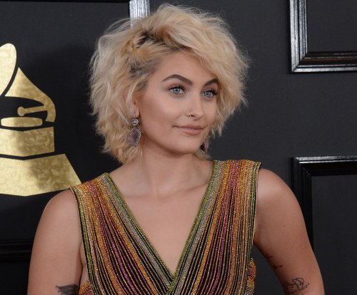 Paris Jackson lands contract with IMG Models