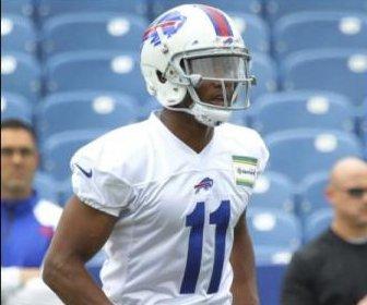 Buffalo Bills rookie WR Zay Jones idle after suffering knee injury