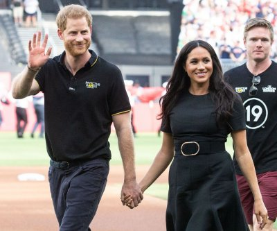 Prince Harry, Meghan Markle begin 10-day royal tour of Africa