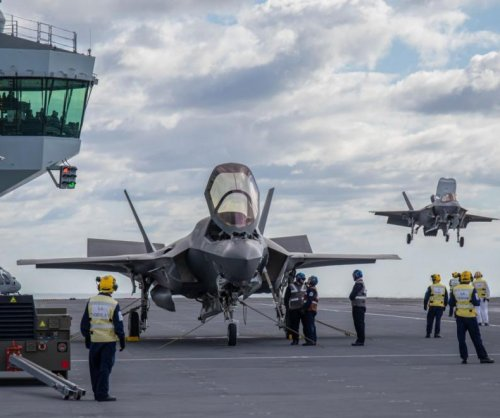 British F-35Bs take off from, land on new carrier HMS Queen Elizabeth