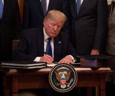 Americans now less fearful of foreign trade deals, survey shows