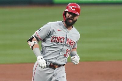 Reds' Jesse Winker continues hot streak with homer vs. Cardinals