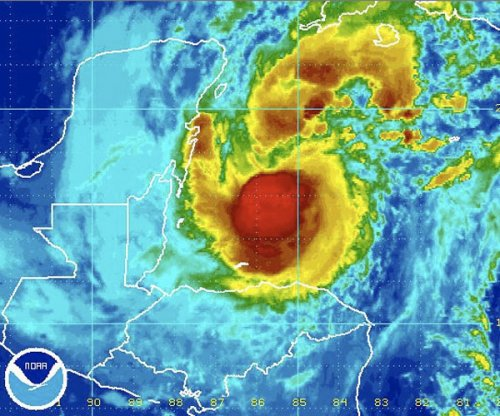 Hurricane Rina holding at 85 mph