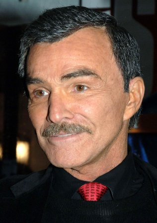 Burt Reynolds denies facelift buzz