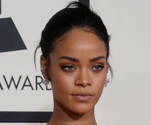 Rihanna debuts new song 'American Oxygen'