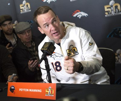 Peyton Manning 'near tears' in Saturday night Denver Broncos' meeting
