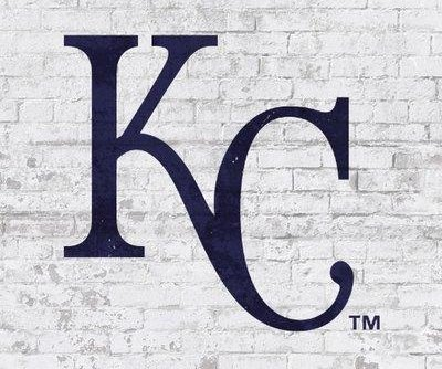 Kansas City Royals: Brandon Moss slams Chicago White Sox