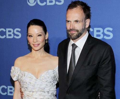 CBS renews 11 shows; 'Elementary,' 'Criminal Minds' not among them