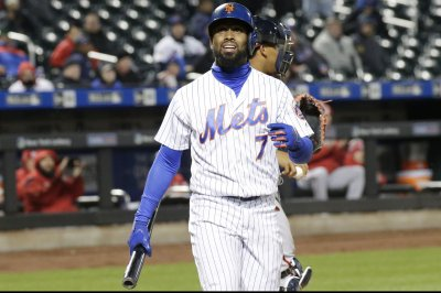 Mets, Phillies turn to inexperience in search of win