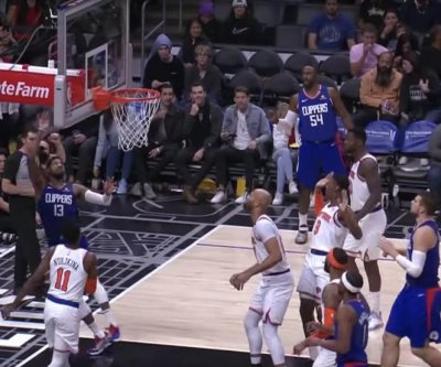 Clippers' Paul George swishes circus shot over backboard vs. Knicks