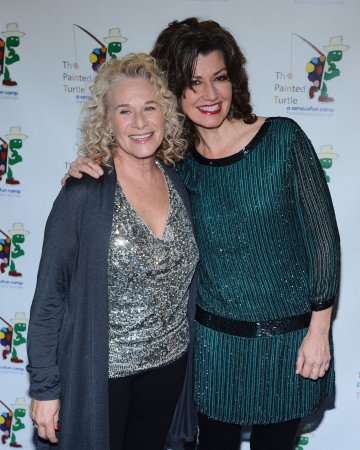 Singer-songwriter Carole King is first woman to win Gershwin Prize