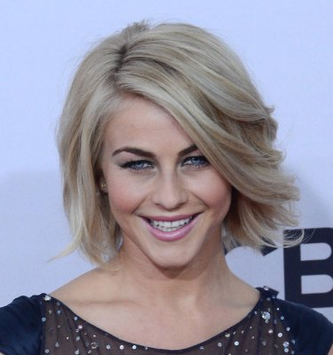 'Safe Haven' marks Julianne Hough's first non-musical film lead
