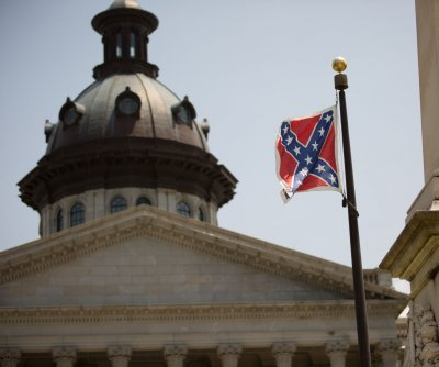 South Carolina lawmakers begin Confederate flag debate