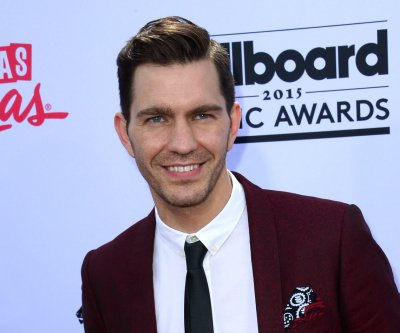 Andy Grammer to compete on 'Dancing with the Stars'