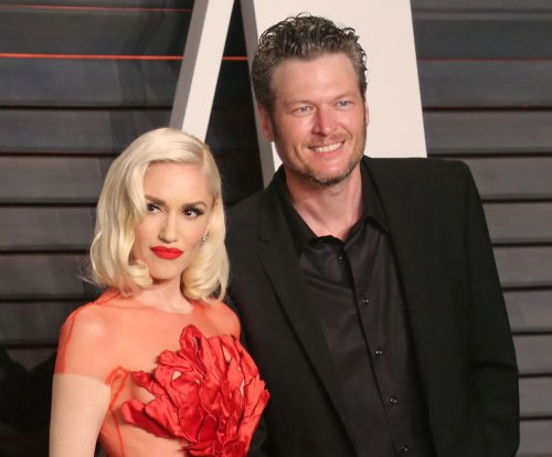 Blake Shelton: Dating Gwen Stefani 'odd' but 'fun'