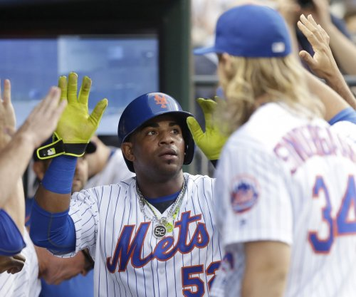 New York Mets' Yoenis Cespedes, Noah Syndergaard depart game with injuries